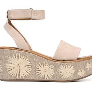 8a7fdcb3f3e Franco Sarto Shoes - Franco Sarto wedges